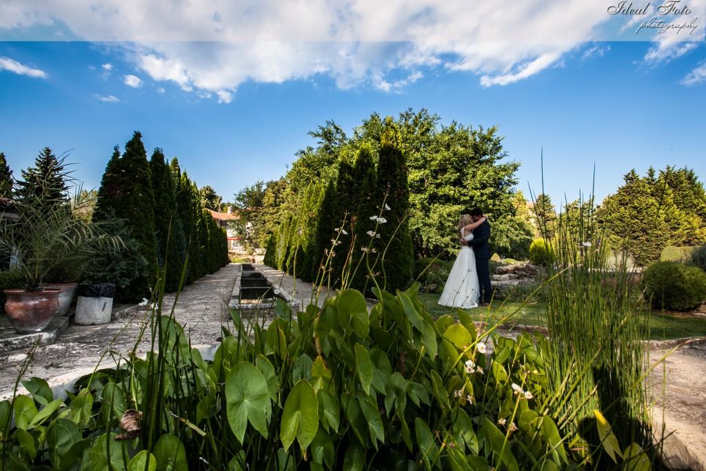 Sedinta Foto Miri - Balchik, Bulgaria - Ideal Foto